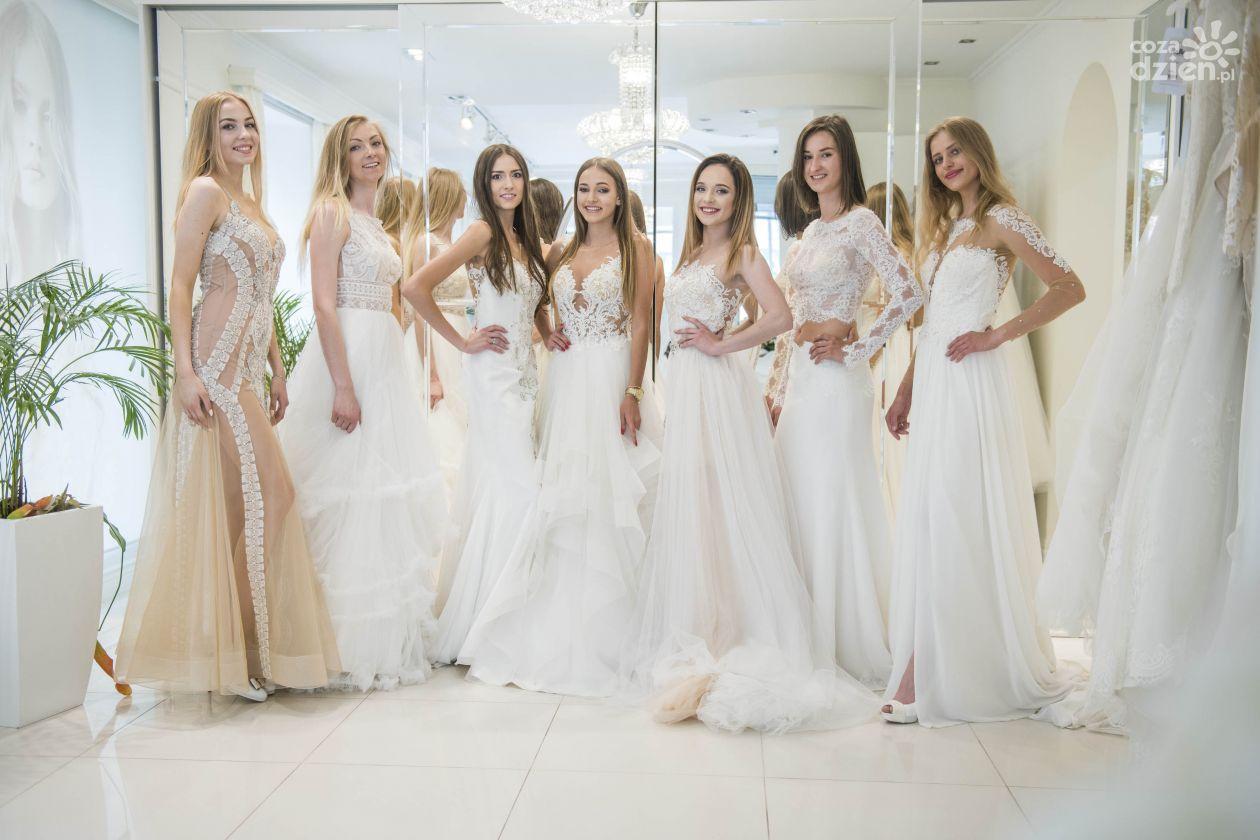 4d9161de55 Radomskie finalistki Miss Polonia w salonie sukien ślubnych Sposabella