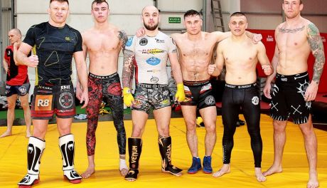 Trening medialny przed Armia Fight Night 6