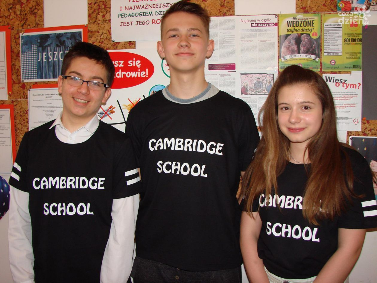 Cambridge Day w Language College