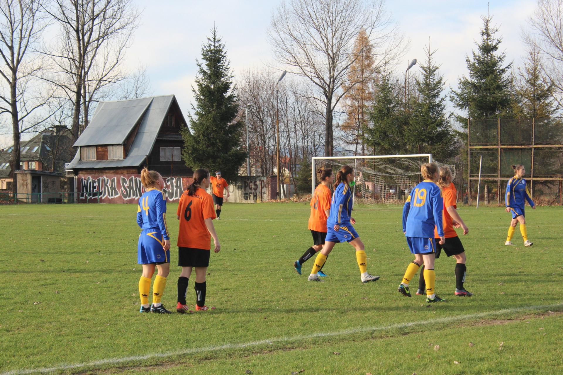 Starówka Nowy Sącz - LUK Sportowa Czwórka Radom fot. Czwórka