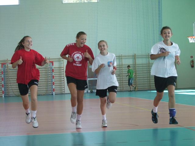 Juniorki Delty rozpoczęły nowy sezon w Mazowieckiej Lidze Piłki Ręcznej Dziewcząr fot. UKS Delta