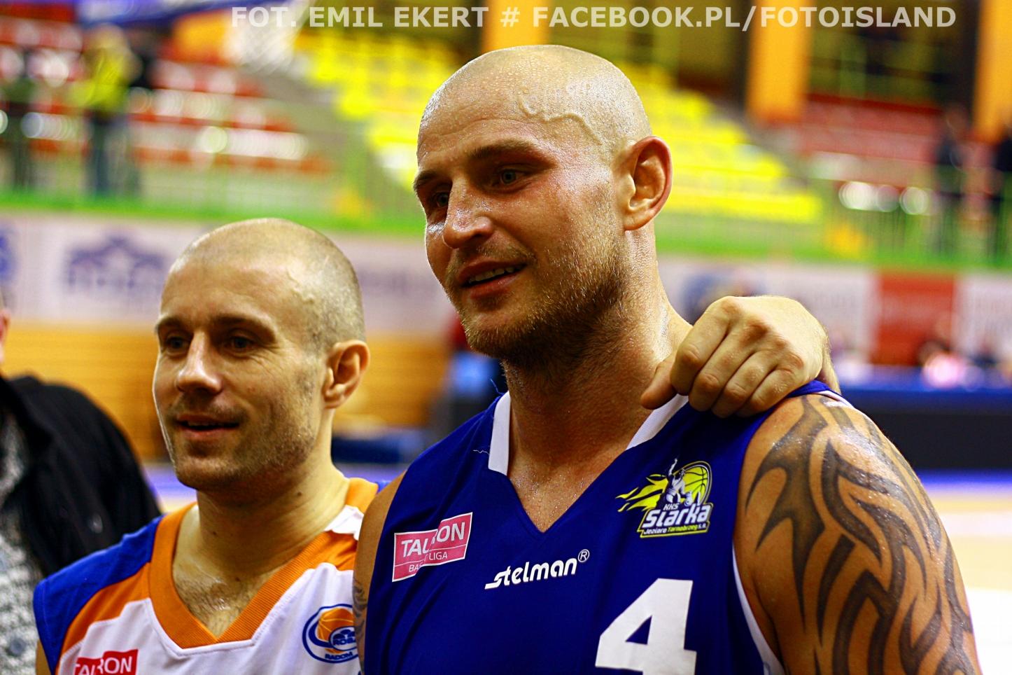 Daniel Wall to serdeczny przyjaciel Piotra Kardasia (z lewej). Popularny Waluś jest nawet ojcem chrzestnym syna Piotra Kardasia fot. E E