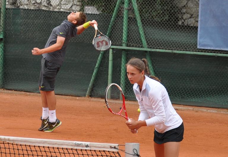 Aleksandra Buczyńska (z prawej) fot. RKT Return Radom