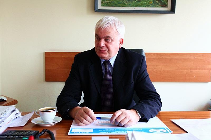 Dyrektor Andrzej Pawluczyk