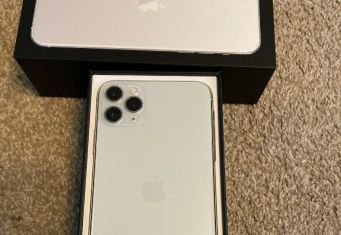 Apple iPhone 11 Pro 64GB = $600, iPhone 11 Pro Max 64GB = $650, iPhone 11 64GB = $470, iPhone XS 64GB = $450 , iPhone XS Max 64GB = $480 , Whatsapp Chat : +27837724253 zdjęcie przedmiotu (3)